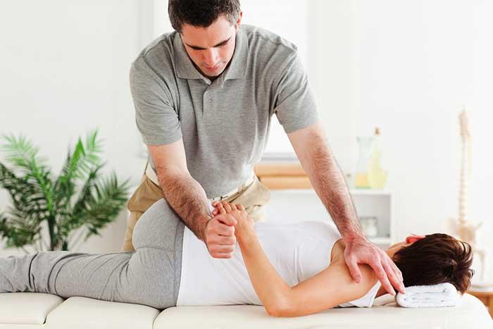 Formation Ostéopathie : Quel est le Meilleur Parcours ?