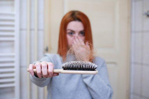 Greffe de cheveux : la solution permanente contre la calvitie
