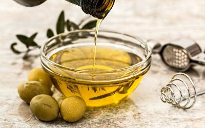 Les huiles de cuisson les plus saines pour perdre du poids et comment les utiliser !
