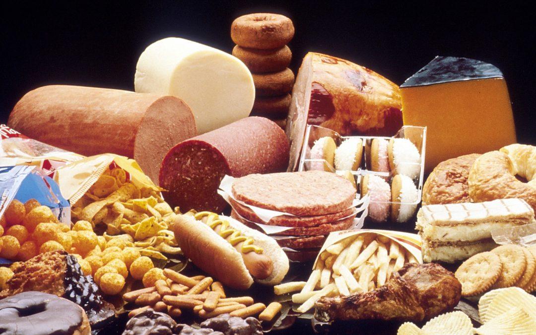 Pourquoi le cholestérol et les graisses sont une partie VITALE de votre voyage de perte de poids
