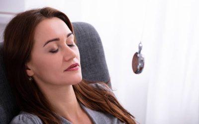 Hypnose : une séance passée à la loupe