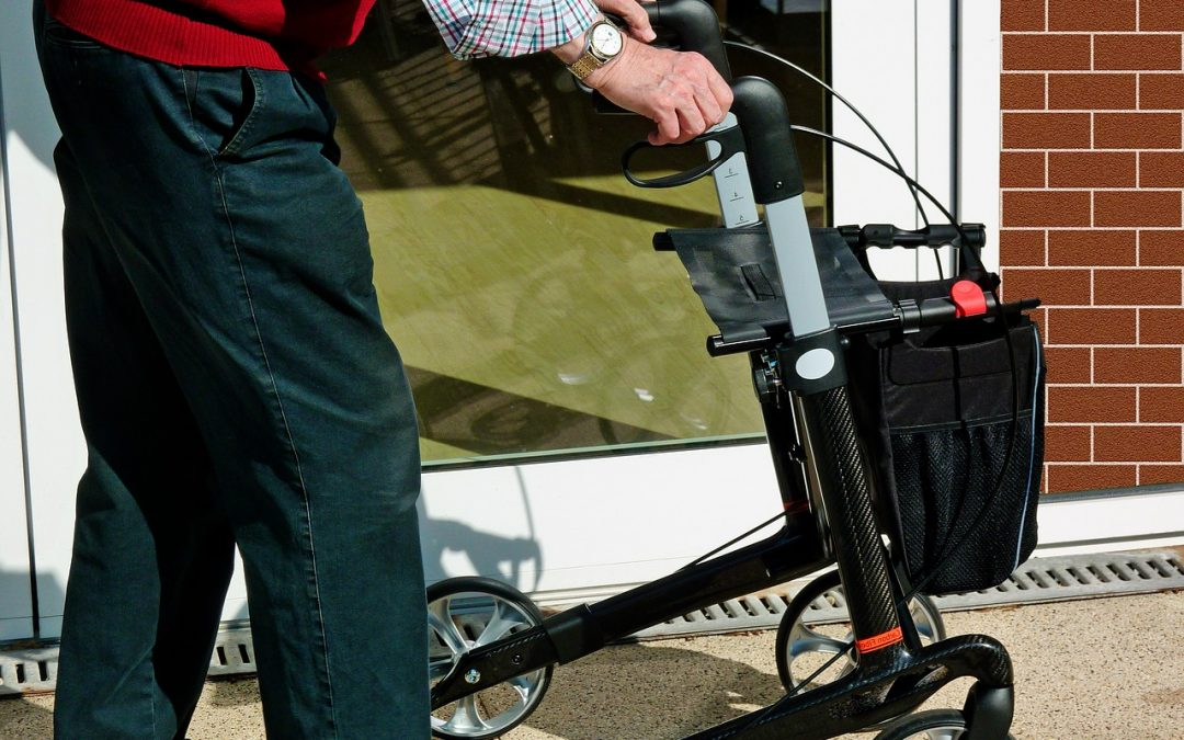 Comment aider les personnes âgées à mieux se déplacer ?